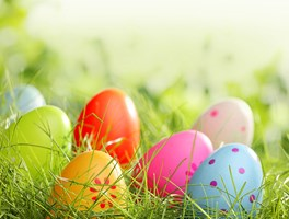 "4 days ""Easter holidays"" from Good Friday to Easter Monday"